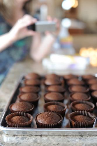 verticalcupcakes.jpg