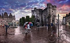 Het Gravensteen (Gent - Belgium) (dleiva) Tags: storm reflection castle wall architecture buildings canal arquitectura belgium belgique canals reflejo het tormenta belgica gent muralla castillo gante gravensteen dleiva domingoleiva