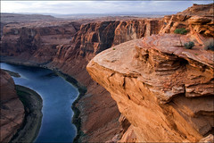 a rugged calm (Ben Kimball) Tags: sunset arizona river sandstone desert canyon page coloradoriver meander glencanyon horseshoebend pageaz thanksamyadriano originaltitleontheedge