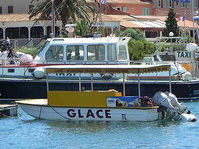 la barge du glacier.jpg