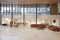 KPMG, Amstelveen reception (ASPA.NL) Tags: building dutch project design office furniture interior space lounge lobby reception workplace werkplek newbuilding kpmg interiordesign cabinets officespace kantoor amstelveen aspa dutchdesign indentity officedesign opbergen waitarea kantoorinrichting hetnieuwewerken marcelvanderschalk rahirezvani projectinrichting projectirichitng