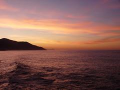 Crpuscule (albatros11 (Samir Bzk)) Tags: leica mer seascape nature lumix algeria mar paysage soe algrie naturesfinest tipaza topshots anawesomeshot gouraya vosplusbellesphotos fz28 panasonicdmcfz28