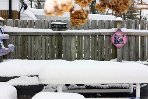 2/52 snowed under*
