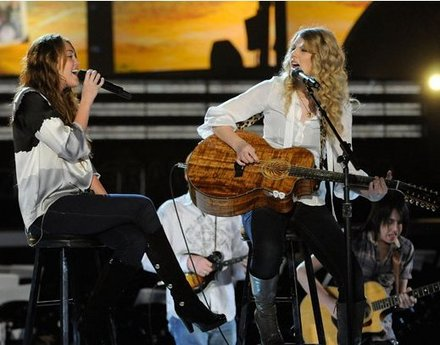 miley-taylor%20(2)-thumb-440x345