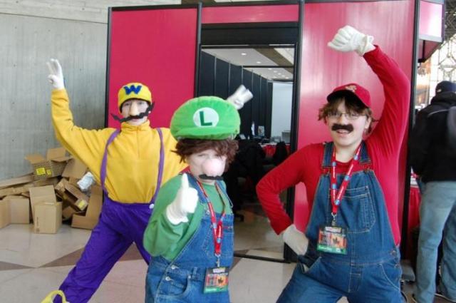 Friki fans disfrazados de sus personajes favoritos ^^