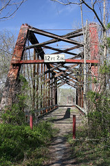 Cartersville bridge ruins (John H Bowman) Tags: abandoned virginia ruins bridges explore april 2009 cartersville cumberlandcounty nrhp canon24105l april2009 noncoveredbridges cartersvillebridgeruins