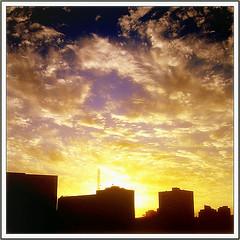 Warm  (~ Seba ~) Tags: chile santiago sunset sky clouds atardecer spider searchthebest cielo nubes soe seba sebastin imagepoetry artedechile 35faves bej abigfave artechileno visiongroup theunforgettablepictures overtheexcellence theperfectphotographer multimegashot skyascanvas magicdonkeysbest oraclex lesamisdupetitprince goldenart finephotoshopdesign sensationalphoto flickrclassique imagesforthelittleprince fotografachilena visionquality100 expressyourselfaward fotgrafoschilenos