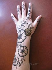 Jamie's henna (Hiral Henna) Tags: flowers leaves vines arm detroit annarbor arbor ypsilanti ann henna mehendi hina mehndi mendhi shah heena mendi mehandi hiral hiralhenna hiralshah