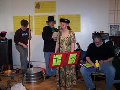 2009-04-11 Jug band Seder 016