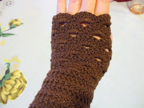 Fan Edged Armwarmers