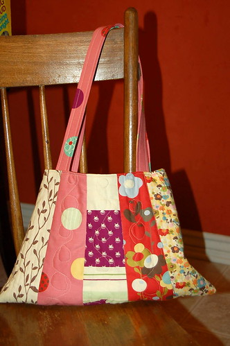 Wonderland Bag - side b