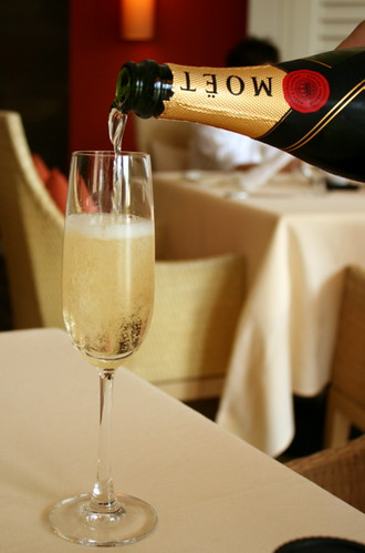 Free-flow Moet & Chandon champagne at Dolce Vita brunch