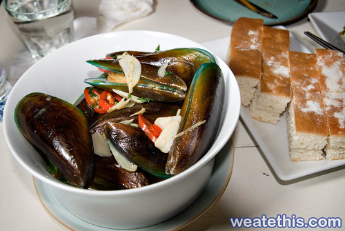 The Apartment - Urban Fusion Food - The Curve - Steamed Mussels
