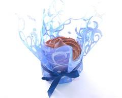 Blue Cupcake (Doha Sam) Tags: blue home cooking cake nikon flash decoration indoors cupcake softbox gel doha qatar d80 strobist samagnew smashandgrabphotocom