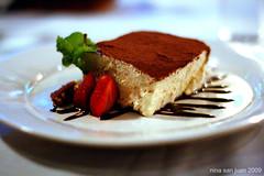 Tiramisu (archbaker) Tags: macro dessert strawberry sweets tiramisu cocoa mascarpone foodphotography