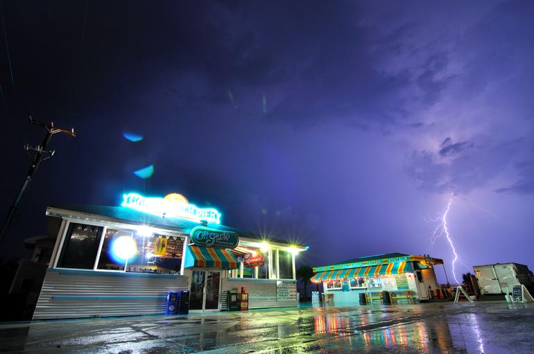 pier_lightning_0031