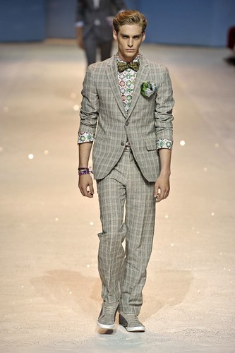 Jeremy Dufour356_SS10_Milan_Etro(first VIEW)
