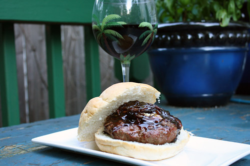 4th of July Treats: Roquefurt Burger with Onion Jam, Mexican-Style Corn on the Cob 2