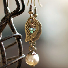 The Birds and the Leaves earrings (gwen) Tags: 20d leaves leaf jewelry alameda madebygwen
