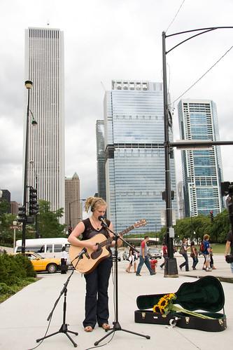 ajkane_090821_chicago-street-musicians_410
