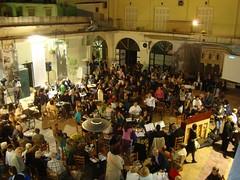 Γιορτή στη δημοτική αγορά