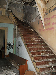 2113 Prytania Staircase