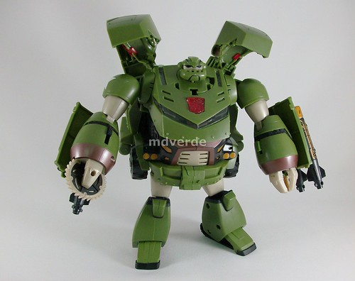 Transformers Bulkhead Animated Leader - modo robot (by mdverde)