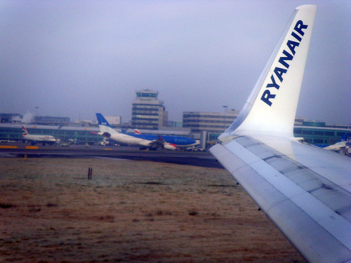 Ryanair picture by Flickr User tom.snaps