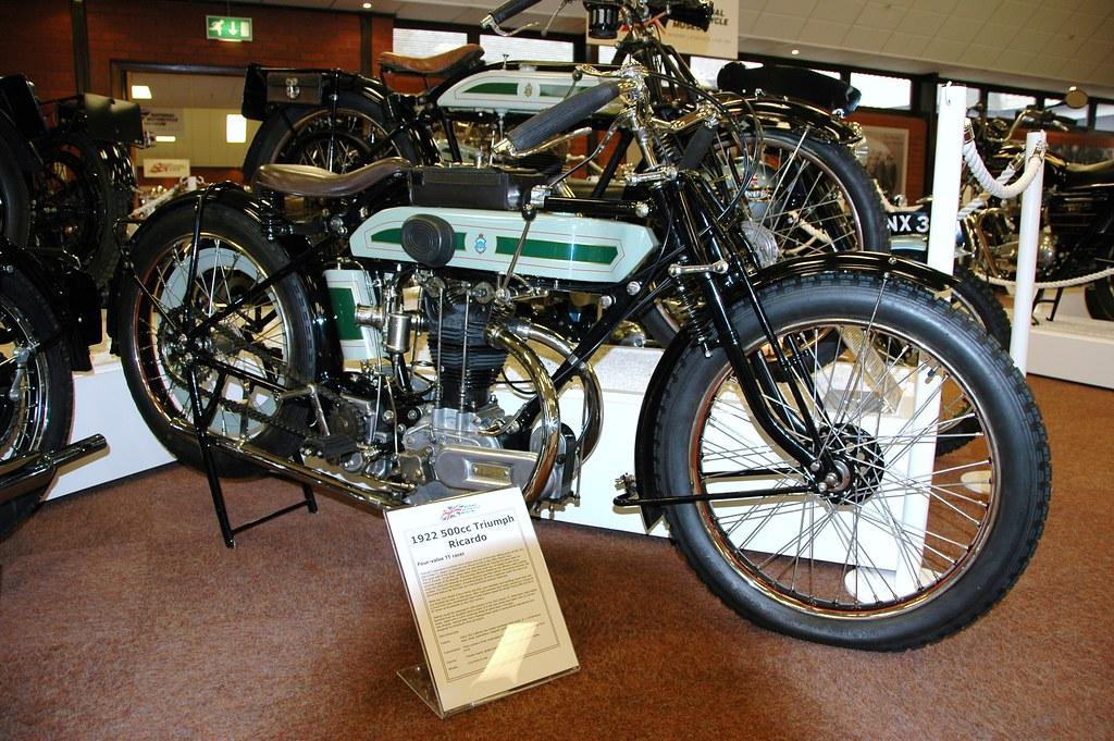 061 = 1922 500cc Triumph Ricardo Four Valve TT Racer