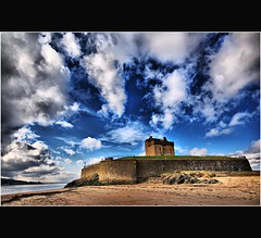 Vivid View - Broughty Ferry Castle - Tayside - Scotland (Magdalen Green Photography) Tags: castle beach nature scotland broughtyferry dundee scottish historic tayside coolclouds broughtyferrycastle dsc3592 iaingordon vividview