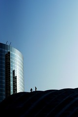 On the mountains high (Olivier H) Tags: sky people building tower glass silhouette climb tour rooftops outdoor extrieur contrejour gens immeuble verre toits grimper monter escalader