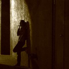 dark alley 8698