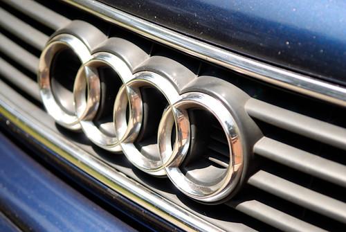 1995_Audi_A6-22