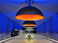 subway station (werner boehm *) Tags: blue station germany subway munich bayern bavaria vanishingpoint perspective werner boehm westfriedhof wernerböhm metromunich