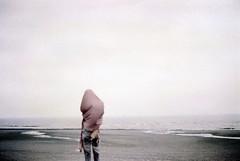 _消失之前,存在的必須。 (eliot.) Tags: film minolta sophie taiwan agfa eliot taoyuan agfavista200 himatic7s vista200 肉身菩薩 minshiuedai sunnygao 你說/我聽 存在,必須 宇宙的題目