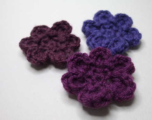 TINY FLOWER CROCHET PATTERN ? Easy Crochet Patterns