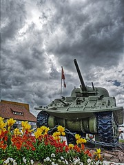 Make love, not war (Massis_) Tags: flowers sky france clouds fleurs tank military wwii ciel overlord ww2 normandie char nuages normandy dday hdr sherman jourj libration ohama courseulles dbarquement anawesomeshot hdrenfrancais