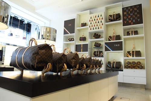 Louis Vuitton Speedy Concept Store