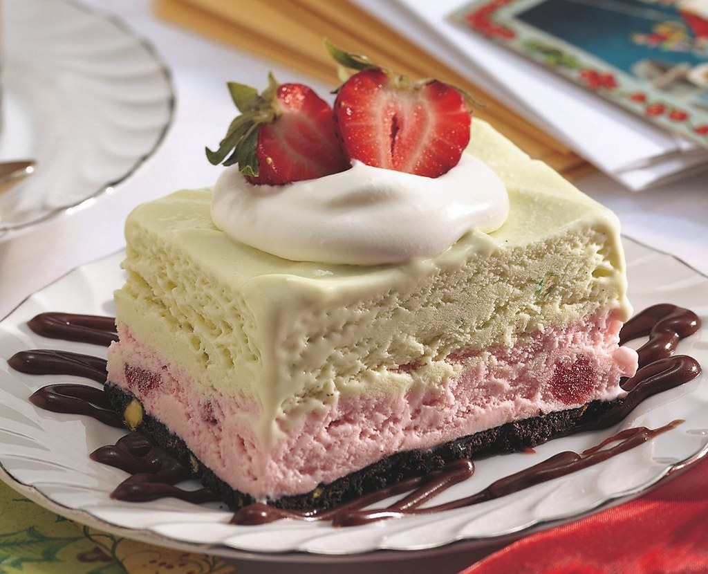 Frozen Strawberry-Pistachio Dessert Recipe
