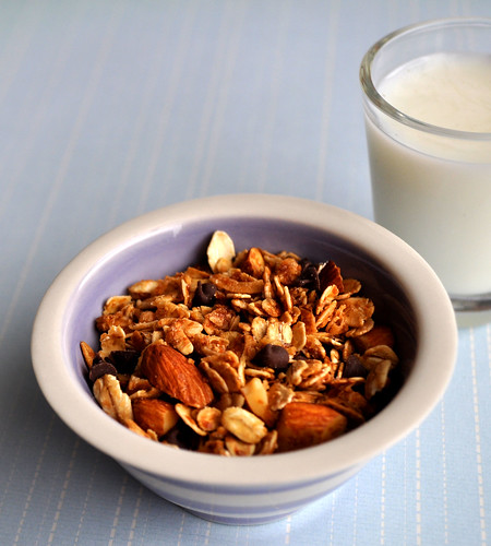 French Granola with Milk