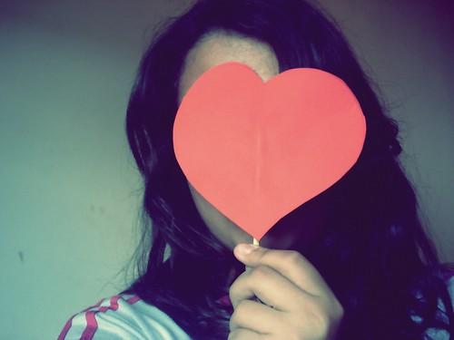 fiz um acordo com o amor...nem ele me persegue e nem eu fujo dele,um dia a gente se encontra... by ~*jessica mirelly*~