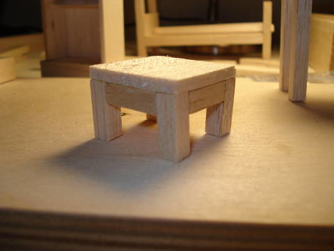 End table for model house