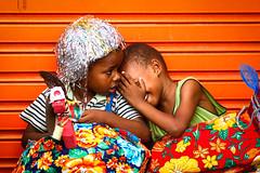 ninguém tá vendo... (gleicebueno) Tags: color kids children fantasia carnaval crianças garotos nazaredamatapernambuco