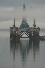 Cromarty Firth In The Mist. (Alex Young Photography) Tags: uk sea mist reflection water port geotagged scotland harbour rig oilrig tlv aquatica glenelg48 alexyoung canoneos400d gsfarcticii sedco712 tonvanlangeveld