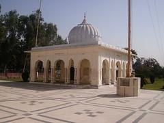 Gurdwara Rori Sahib Eimanabad, Punjab (Tahir Iqbal (Over 46,60,000 Visits, Thank You)) Tags: pakistan 1984 sikh sahib gurdwara punjab kirtan gurudwara sikhism singh khalsa sardar gurus sangat sikhi nankanasahib bhagatsingh sikhhistory rurri eimanabad partition1984