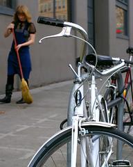 Sunday Coffee and Schwinn Cruiser - Bike Hugger
