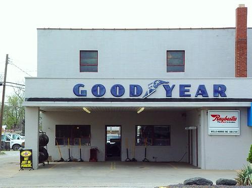 Good Year Tire Shop - Jerseyville, Illinois - 4/24/09
