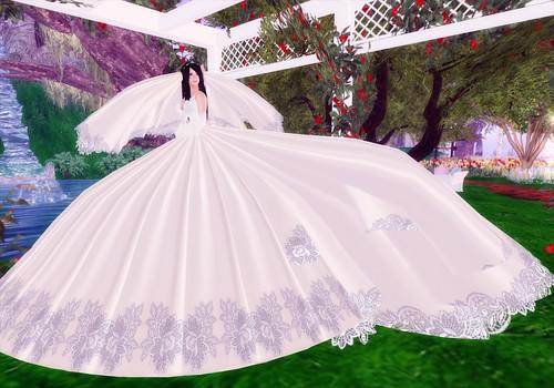 Big Wedding Gowns: Skyonline International Pakistan: Big Wedding Dresses