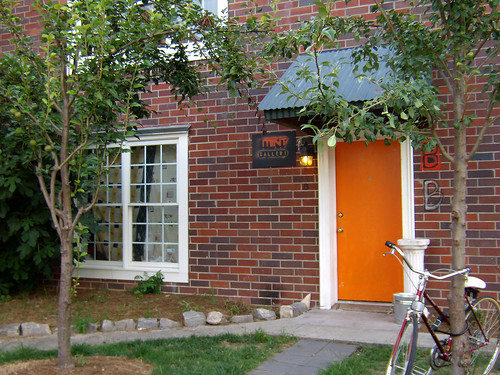 P6180400-Virginia-Cotton-Docks-Mint-Gallery-Orange-Door