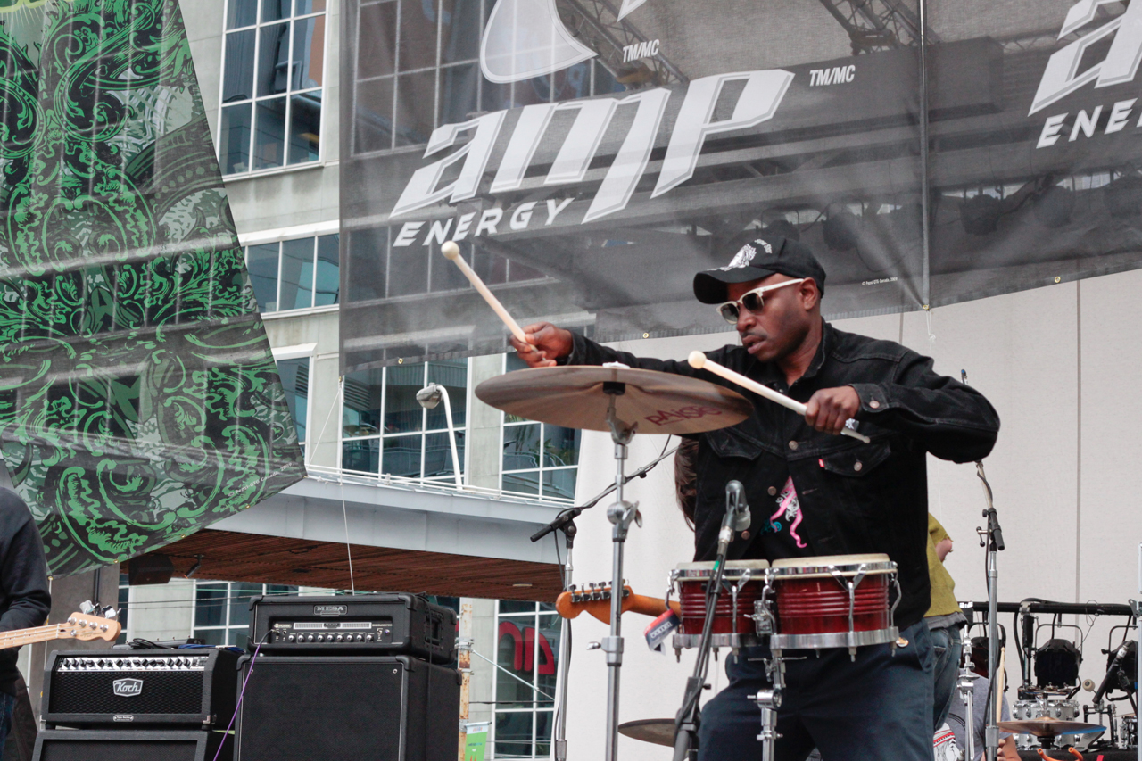 Crystal Antlers—June 20, 2009 @ Yonge Dundas Square